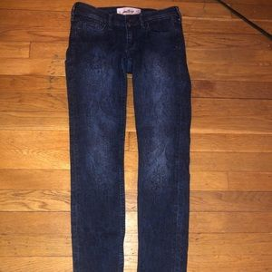 Size 1R Hollister Flower Embroidered Jeans
